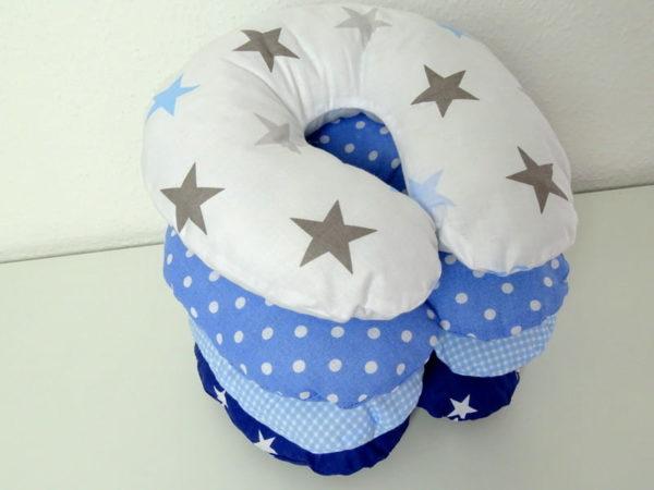 Nackenhörnchen blau Sterne