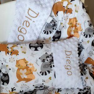 Kissen mit Decke